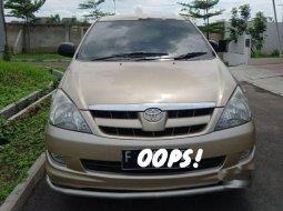 Mobil Toyota Kijang Innova 2005 V terbaik di Jawa Barat