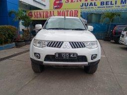 Mitsubishi Pajero Sport Exceed Diesel 2.5 AT 2011 Putih