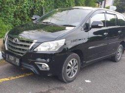 Toyota Kijang Innova V Bensin 2016 Istimewa