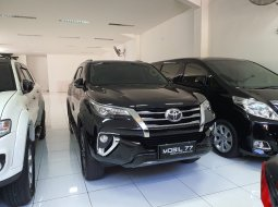 Toyota Fortuner VRZ 2018 Hitam