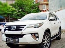 Toyota Fortuner VRZ Diesel Matic Tahun 2016 Putih