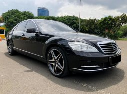 Mercedes-Benz S-Class 300 2008 Sedan
