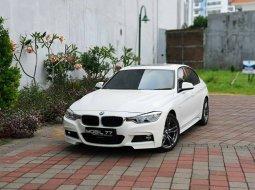 BMW 3 Series 330i M- Sport 2016 Putih