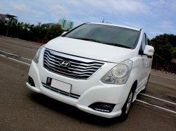 Hyundai H-1 Elegance 2014 Putih