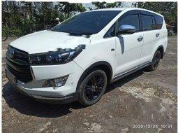 Toyota Venturer 2017 Jawa Barat dijual dengan harga termurah