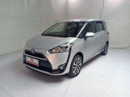 Toyota Sienta 1.5 V CVT AT 2018 Silver Km Rendah Antik