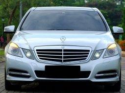 Mercedes-Benz E-Class E 300 2012 Silver