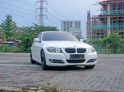 2012 BMW 320i 2.0 AT E90 Sedan Putih Surabaya