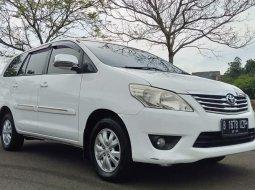 Toyota Kijang Innova G A/T Diesel 2013 Putih