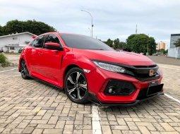 Honda Civic ES 2018 Hatchback