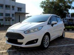 Ford Fiesta Style 2013 Putih