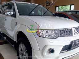 Mitsubishi Pajero Sport Dakar Limited 2.5L DID-Turbo A/T 2013