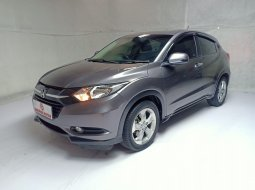 Honda HR-V 1.5 E CVT AT 2016 Abu Silver Km Rendah