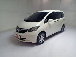 Honda Freed E PSD Ac Digital AT 2010 Putih Terawat