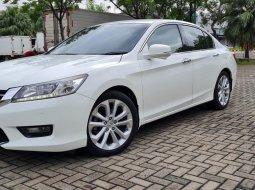Honda Accord VTi-L 2015 White On Beige Siap Pakai Pjk Pjg TDP 81Jt