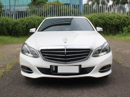 Mercedes-Benz E-Class 250 DIESEL AT 2013 Putih