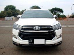 Toyota Kijang Innova Venturer M/T Diesel 2017 Putih