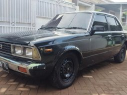 Toyota Corona 2000 1979 RT132 retro