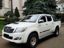 Toyota Hilux 2.4L D-Cab V AT 2014