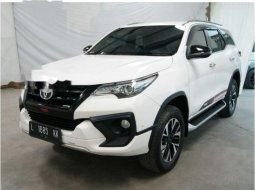 Jual mobil bekas murah Toyota Fortuner TRD 2017 di Jawa Timur
