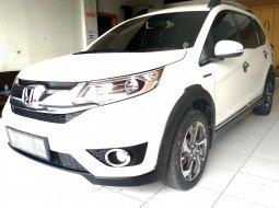 Jual cepat mobil Honda BR-V E CVT Putih di Jawa Tengah
