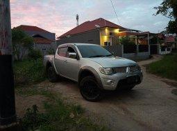 Dijual cepat mobil Mitsubishi Triton EXCEED 2014, Sumatra Barat