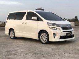 DKI Jakarta, Toyota Vellfire ZG 2014 kondisi terawat