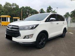 Toyota Kijang Innova Venturer MT Diesel 2017 Putih