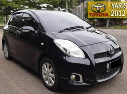 Toyota Yaris E 2012 1.5 AT Black