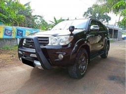 Mobil Toyota Fortuner 2010 G Luxury terbaik di Jawa Barat