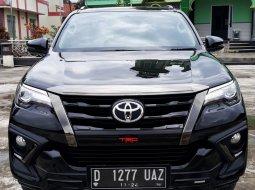 Toyota Fortuner VRZ 2019 Hitam