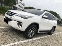 Toyota Fortuner 2.7 SRZ AT 2016