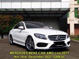 Mercedes-Benz C-Class C 300 AMG Line 2017 Putih