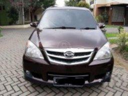 Mobil Daihatsu Xenia 2011 Xi DELUXE terbaik di Jawa Timur