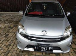 Mobil Toyota Agya 1.0 NA 2014 di Kalimanatan Tengah