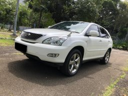 Toyota Harrier 2.4 2012 Putih
