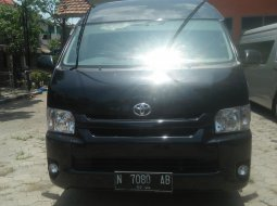 Toyota Hiace Commuter Manual 2019 Hitam