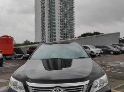 Toyota Camry 2.5 V AT 2014 di Banten