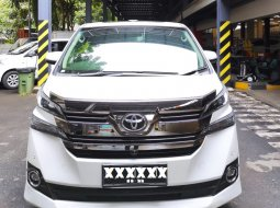 Toyota Vellfire 2.5 G A/T 2015