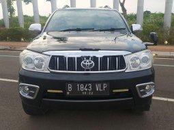 Banten, Toyota Fortuner G 2010 kondisi terawat