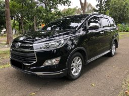 Toyota Kijang Innova Venturer 2019 Hitam
