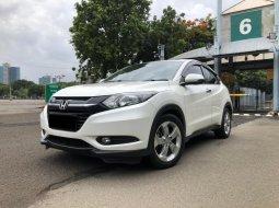 Honda HR-V 1.5L E CVT Putih