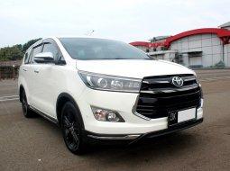 Toyota Kijang Innova 2.4VENTURER MANUAL  2017 Putih