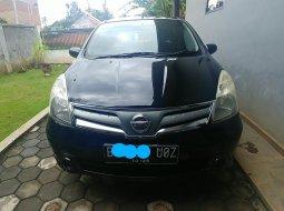 Nissan Grand Livina SV 2012