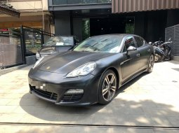 Porsche Panamera PDK 2012 di DKI Jakarta