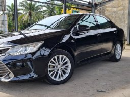 Toyota Allnew Camry 2.5 V 2016 Black On Beige Siap Pakai Terawat TDP Paket 70Jt