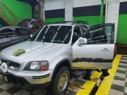 Jual mobil Honda CR-V 4X2 2001 bekas, Banten