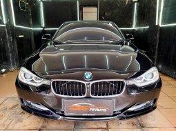 Jual mobil BMW 3 Series 2014 , Kota Jakarta Selatan, DKI Jakarta