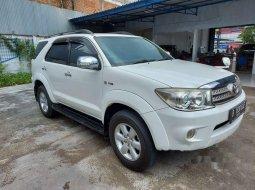Jual Toyota Fortuner G 2011 harga murah di Jawa Barat