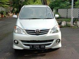 DKI Jakarta, Toyota Avanza S 2008 kondisi terawat